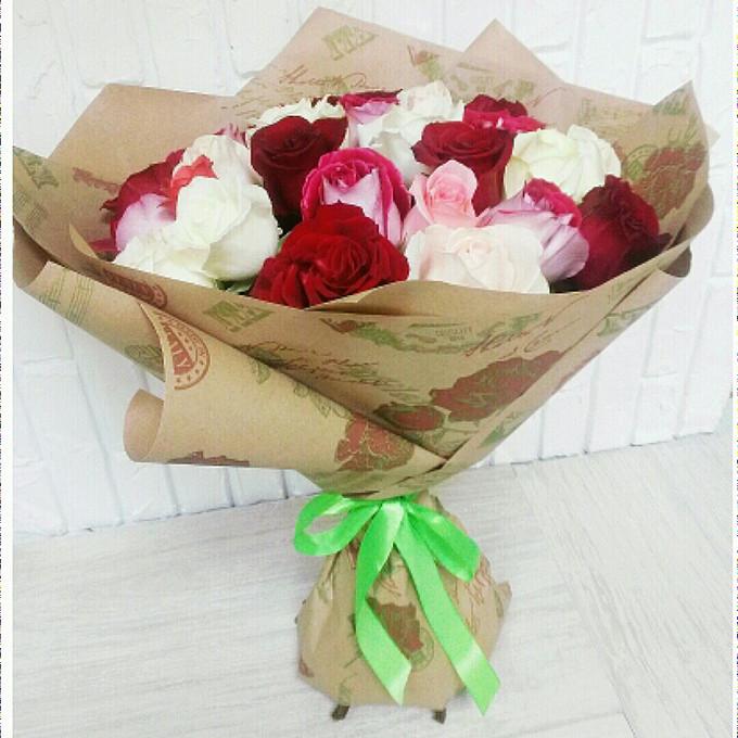 Яркий микс из роз