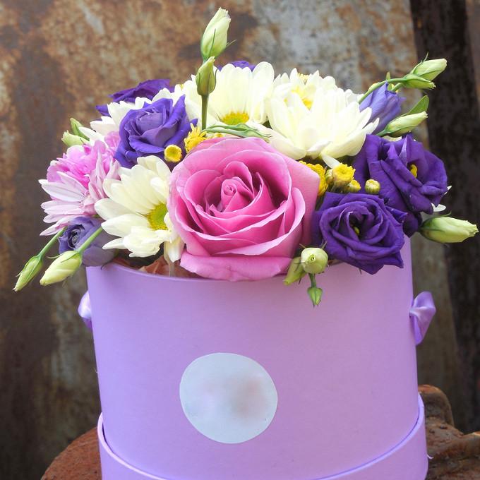 Шляпная коробка с цветами (средняя)