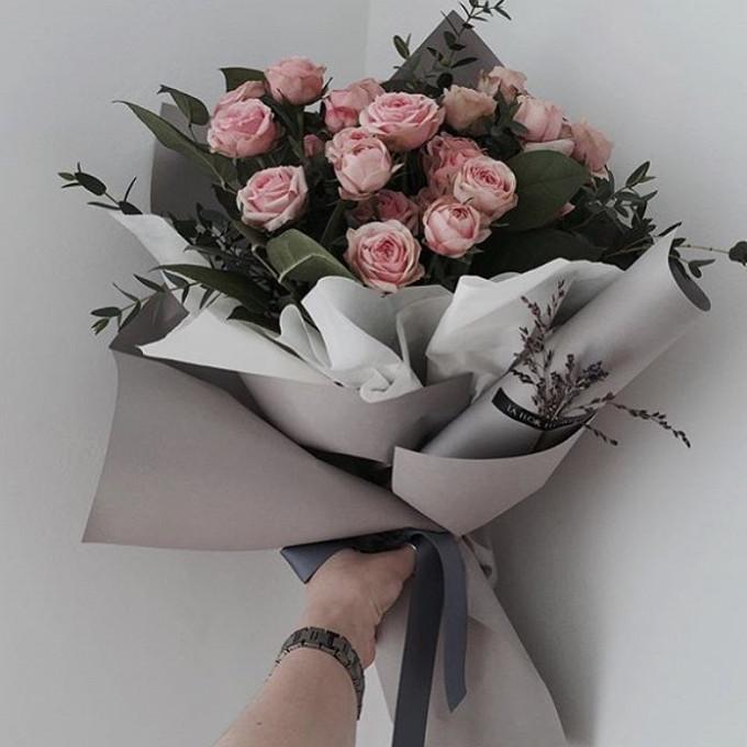 Букет Из Кустовой Розы С Зеленью