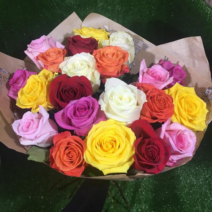 Роза Кения (микс (разных цветов), 50 см) — 21 шт., Упаковка Крафт-бумага — 1 шт., Лента — 1 шт.