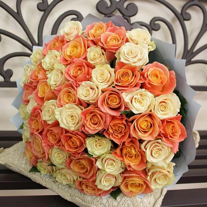 Лента — 1 шт., Упаковка Крафт-бумага — 1 шт., Роза (кремовый, 60 см) — 21 шт., Роза (оранжевый, 60 см) — 30 шт.