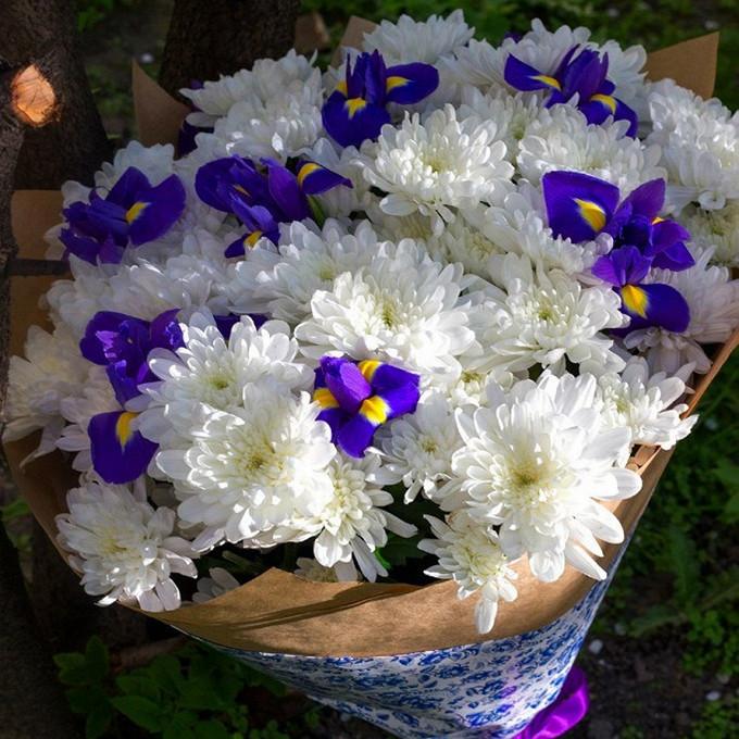 Хризантемы с ирисами