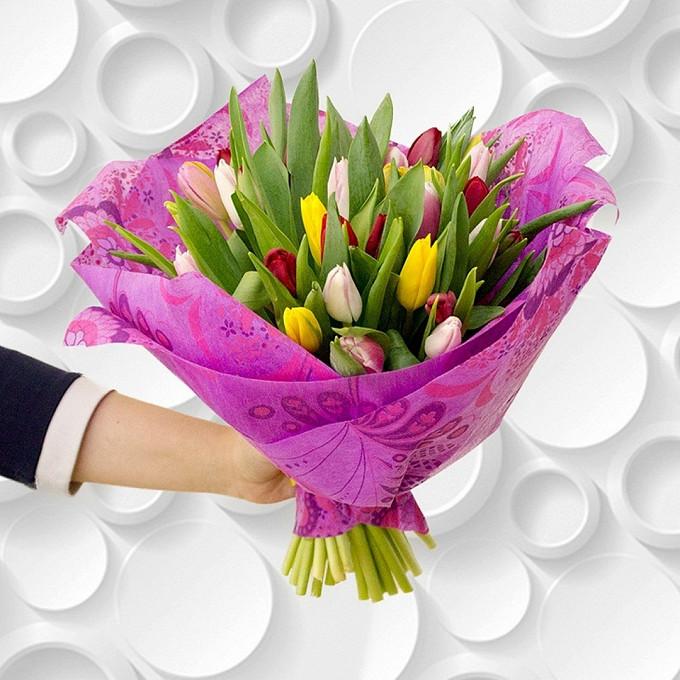 Лента атласная — 1 шт., Тюльпан (микс (разных цветов)) — 45 шт., Упаковка Фетр — 2 шт.