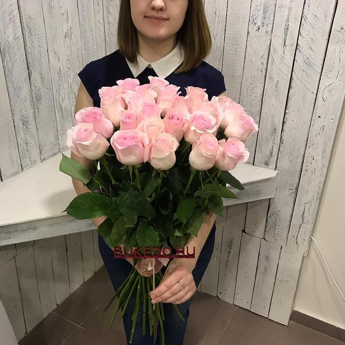 Розовая лента — 1 шт., Роза Эквадор (нежно-розовый, 60 см) — 25 шт.