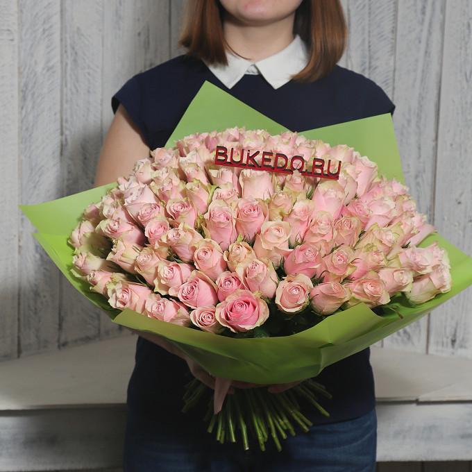 Розовая лента — 1 шт., Упаковка Матовая пленка зеленая — 1 шт., Роза Кения (нежно-розовый, 40 см) — 101 шт.