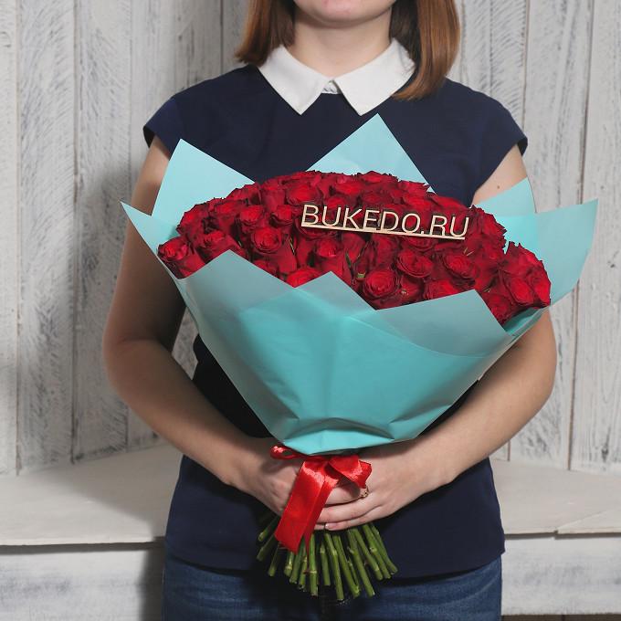 Роза Кения (красный, 40 см) — 51 шт., Красная лента — 1 шт., Упаковка Матовая пленка бирюзовая — 1 шт.