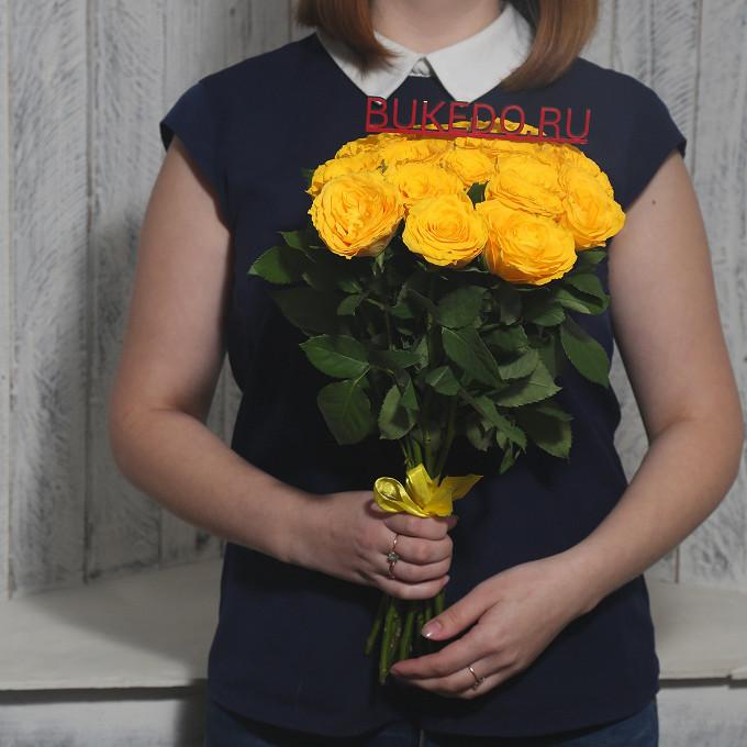 Желтая лента — 1 шт., Роза Кения (желтый, 40 см) — 15 шт.