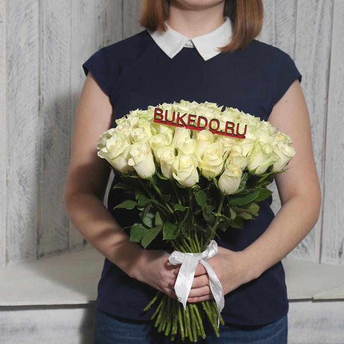 Роза Кения (белый, 40 см) — 51 шт., Белая лента — 1 шт.