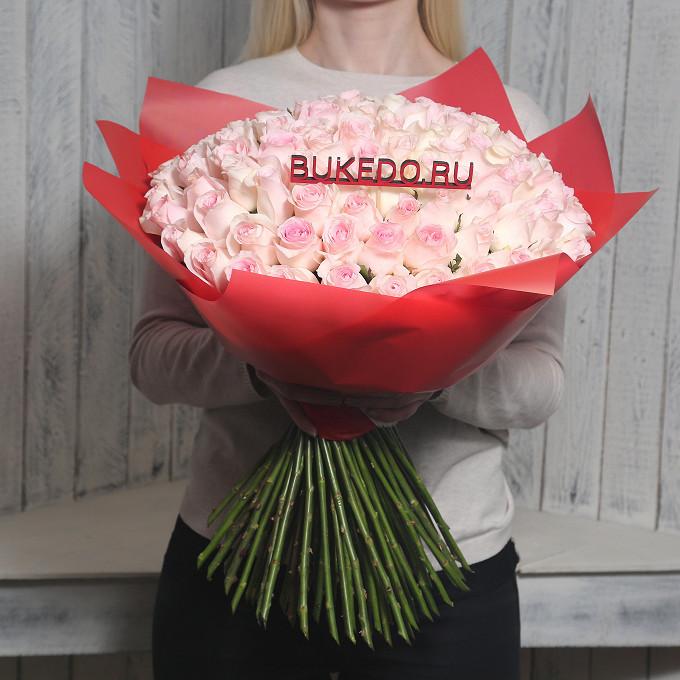 Розовая лента — 1 шт., Упаковка Матовая пленка красная — 1 шт., Роза Кения (нежно-розовый, 50 см) — 101 шт.