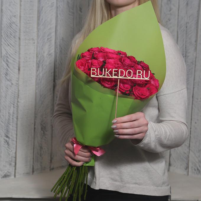 Розовая лента — 1 шт., Упаковка Матовая пленка зеленая — 1 шт., Роза Кения (ярко-розовый, 50 см) — 25 шт.