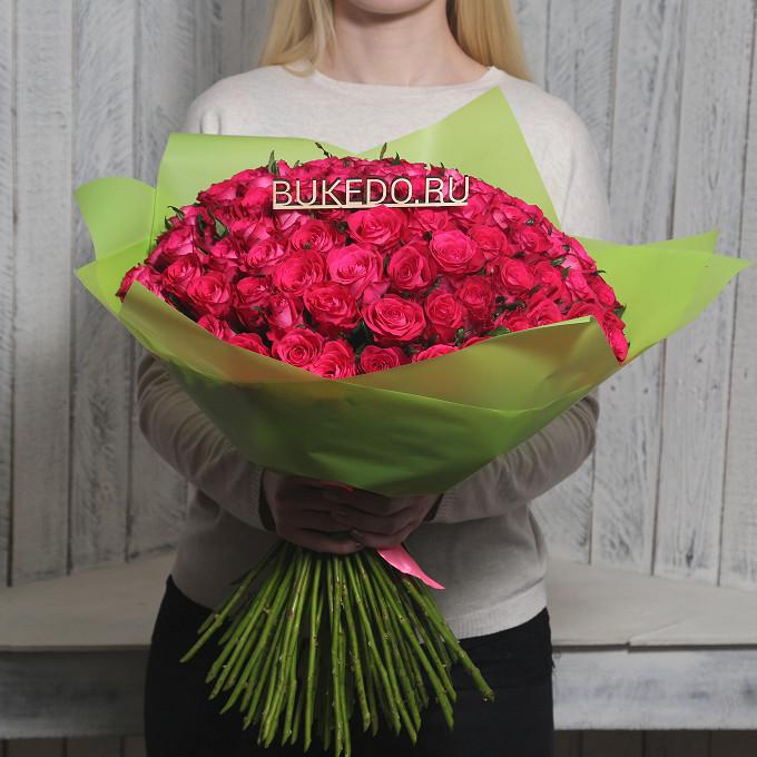 Розовая лента — 1 шт., Упаковка Матовая пленка зеленая — 1 шт., Роза Кения (ярко-розовый, 50 см) — 101 шт.