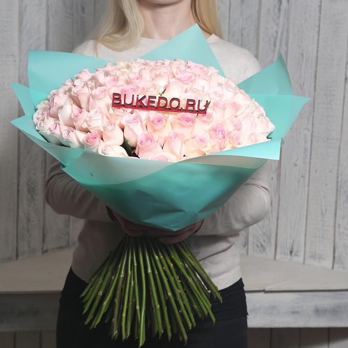 Розовая лента — 1 шт., Упаковка Матовая пленка бирюзовая — 1 шт., Роза Кения (нежно-розовый, 50 см) — 101 шт.