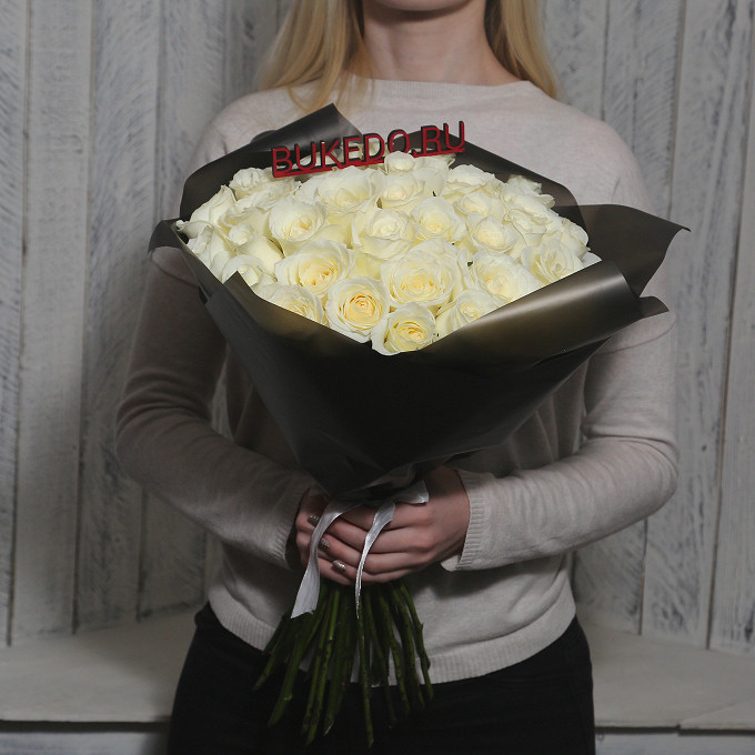 Белые розы Кения, 50 см