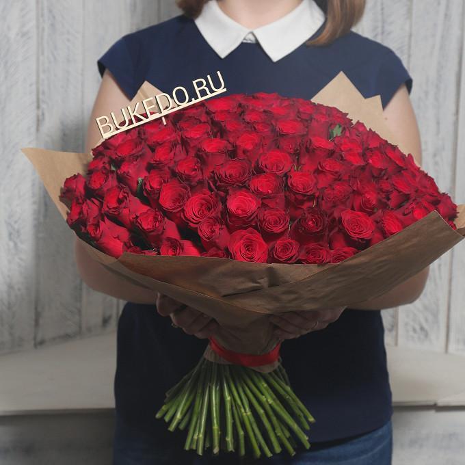 Красная лента — 1 шт., Упаковка Крафт однотонный — 1 шт., Роза Кения (красный, 40 см) — 101 шт.