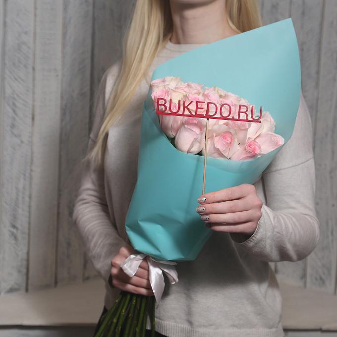 Розовая лента — 1 шт., Упаковка Матовая пленка бирюзовая — 1 шт., Роза Кения (нежно-розовый, 50 см) — 25 шт.