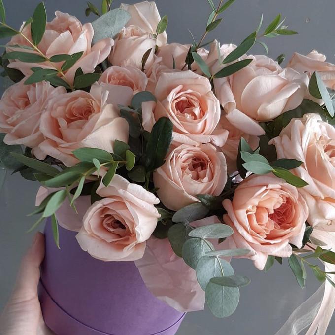 Розы пионы в коробке