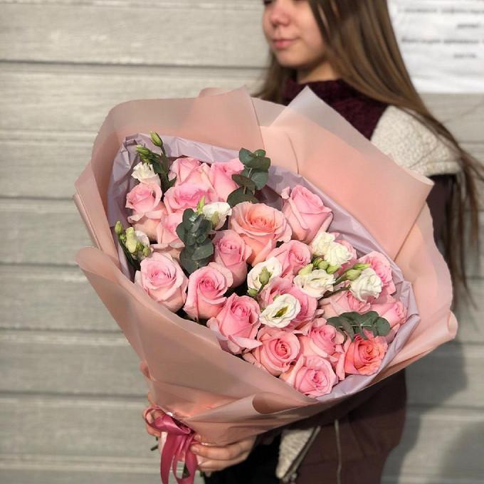 Розы с эустомой