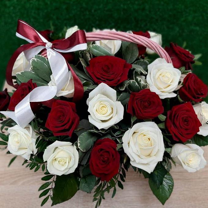 Корзинка 35 роз