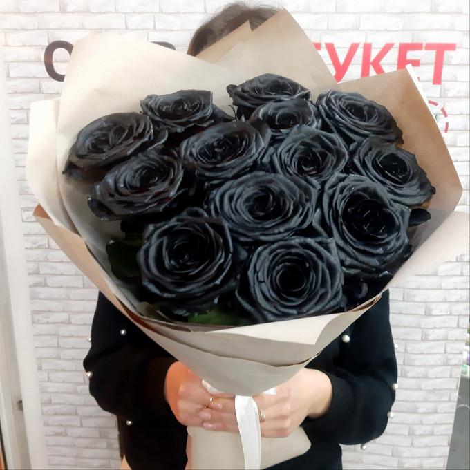 Букет из черных крашеных роз