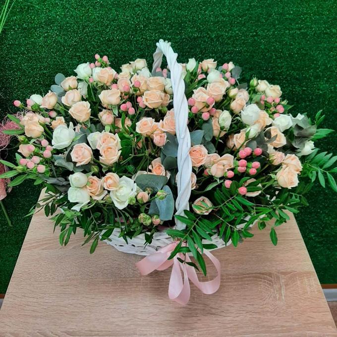 Корзинка кустовых роз