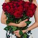 Букет из: красная лента — 1 шт., роза (красный, 40 см) — 25 шт. - 25 роз с красной лентой - фото 2