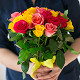 Букет из: роза (ярко-розовый, 40 см) — 6 шт., роза (розовый, 40 см) — 7 шт., роза (желтый, 40 см) — 14 шт., желтая лента — 1 шт. - Яркий микс - фото 3