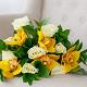 Букет из: рускус — 9 шт., желтая лента — 1 шт., орхидея цимбидиум 1 бутон (желтый) — 5 шт., роза (белый, 50 см) — 8 шт. - Букет с белыми розами и орхидеей цимбидиум - фото 4