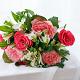 Букет из: красная лента — 1 шт., роза (красный, 50 см) — 5 шт., альстромерия (белый) — 4 шт., роза пионовидная (розовый) — 4 шт. - Букет с красными и пионовидными розами - фото 5