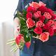 Букет из: роза (розовый, 40 см) — 10 шт., роза (ярко-розовый, 40 см) — 11 шт., розовая лента — 1 шт. - Сакура - фото 6
